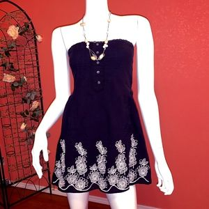 Black White Extra Small Floral Strapless Dress